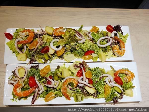 1451831824 2060930627 n - 【熱血採訪】台中西區 TAPIOCA榙皮歐卡義式餐廳,店家推薦以珍珠入菜的各種料理,適合多人聚餐共享,甜點也美味可口 分享