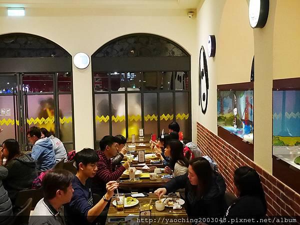 1452419997 639623751 n - 【熱血採訪】台中西屯 查理布朗咖啡,親子或大小朋友都能感受歡樂的用餐環境,除了正餐之外還有許多小點心(內有午晚餐系列可參考)