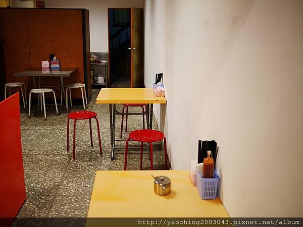 1452698552 1554708372 n - 台中北區 太河阿給,食尚玩家推薦的人氣阿給店,此外每桌一碗的甜不辣也別放過了