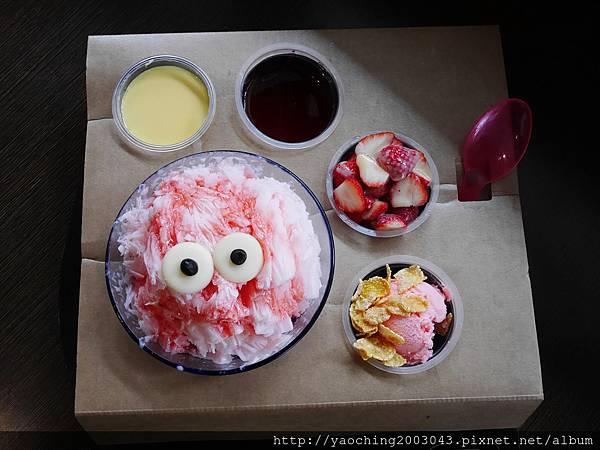 1456184013 3623696278 n - 台中大里 雪花軒,大里高中的知名雪花冰店,莓色繽紛的浪漫來襲只限定這個季節,還不快來享受粉紅怪獸的攻擊