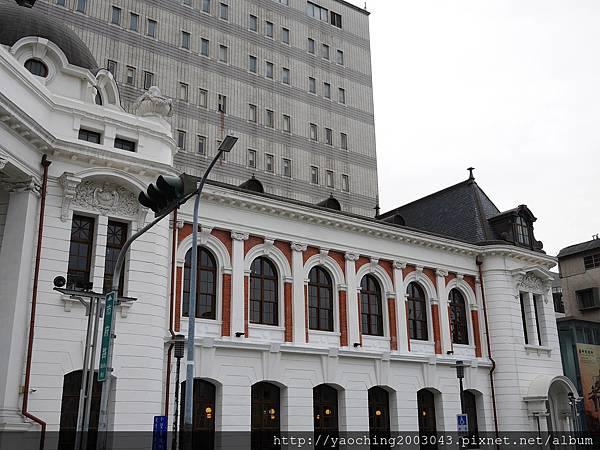 1456584035 23614463 n - 台中西區 台中市役所源自明治44年的歐風建築重新開張,由古典玫瑰園進駐提供各式簡餐及冰品,招財貓雪花冰建議兩人以上共享
