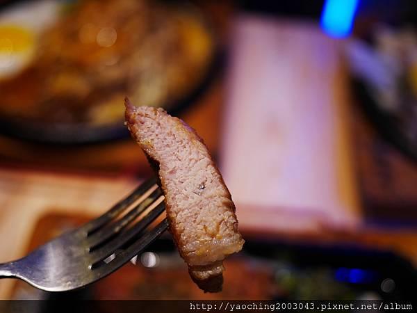 1458480789 2111914442 n - 【熱血採訪】台中北區 一中鐵板伍味,排餐自由搭配,不擔心選到自己不要的,全加餐+90,王印製麵對面