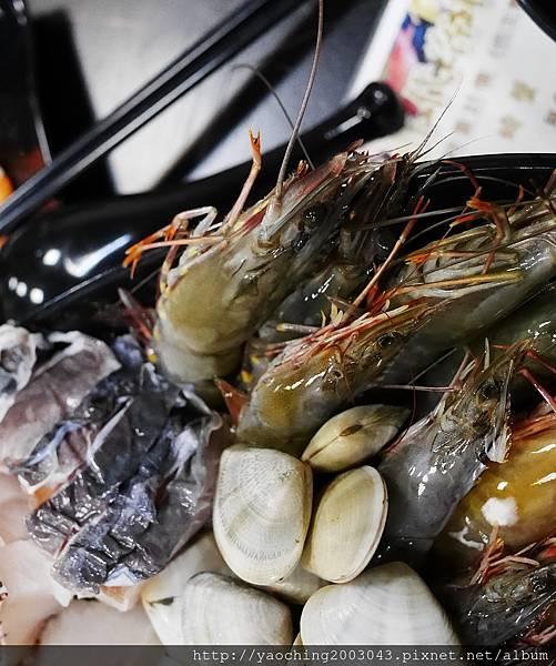 1462183972 3032342609 n - 【熱血採訪】台中北屯 蟹驚艷海鮮餐廳,各種活跳跳生猛海鮮都能為您料理,螃蟹海鮮料理的專門家,現在打卡還有送干貝,一人打卡送一顆以此類推