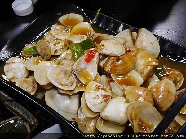 1462184019 3660377210 n - 【熱血採訪】台中北屯 蟹驚艷海鮮餐廳,各種活跳跳生猛海鮮都能為您料理,螃蟹海鮮料理的專門家,現在打卡還有送干貝,一人打卡送一顆以此類推