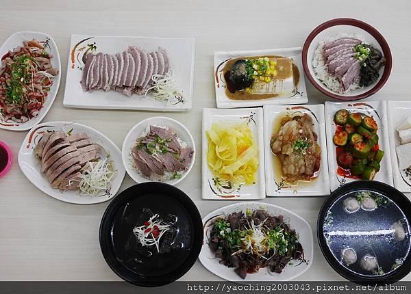 1502590578 2849108116 n - 熱血採訪 |台中西屯 鵝鴨食堂,逢甲商圈少見的鵝鴨肉小吃店,還有肉品認證,吃起來更安心