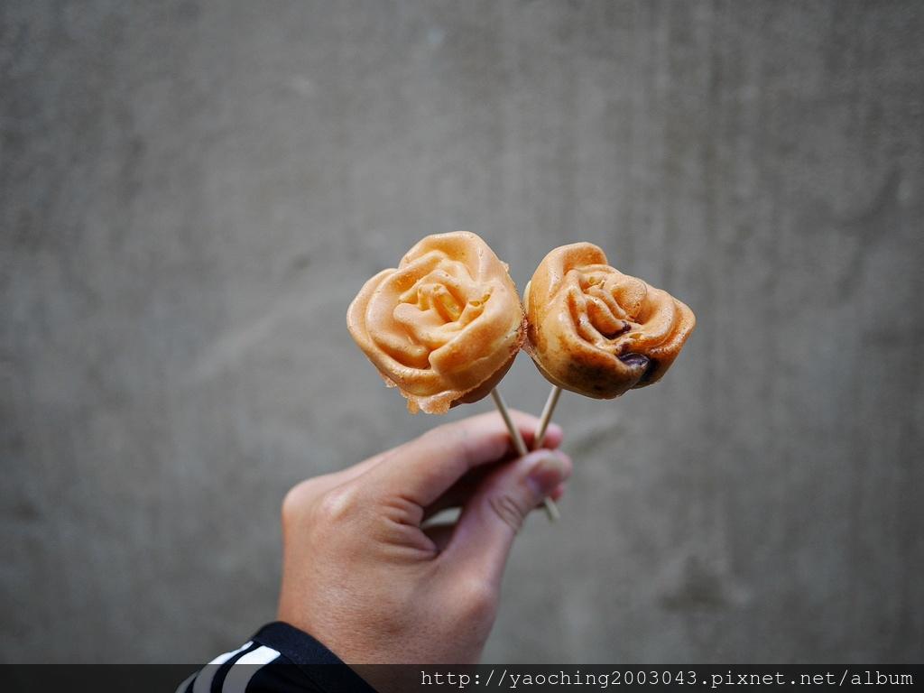 1550057287 3948383364 - 台中西屯 樂R雞蛋糕,玫瑰雞蛋糕現身逢甲夜市,情人節也可以送這個好吃又實際