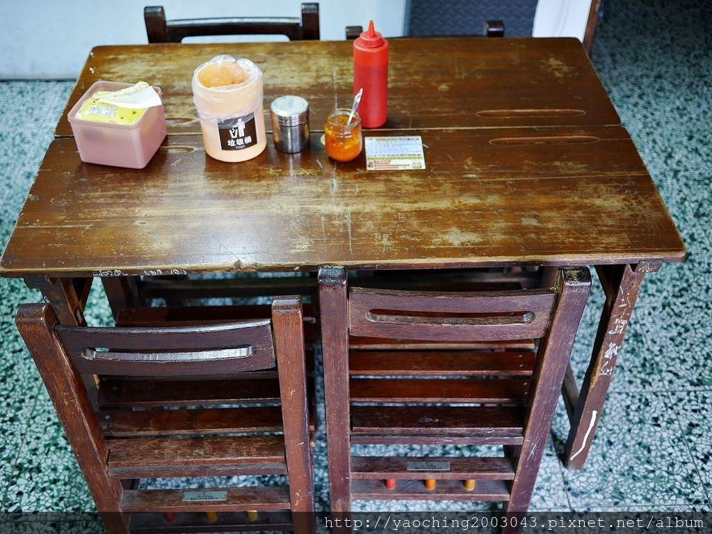 1552720183 1817667803 - 台中東區 進化路台北甜不辣,學堂風的低調小店賣著老闆自豪的甜不辣與狀元粽