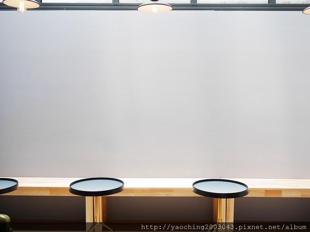 1556267806 2502949693 - 台中西區 J.W X Mr.Pica,在鄰近審計新村的喜鵲先生選物空間,也能喝品嘗香醇咖啡與美味甜點