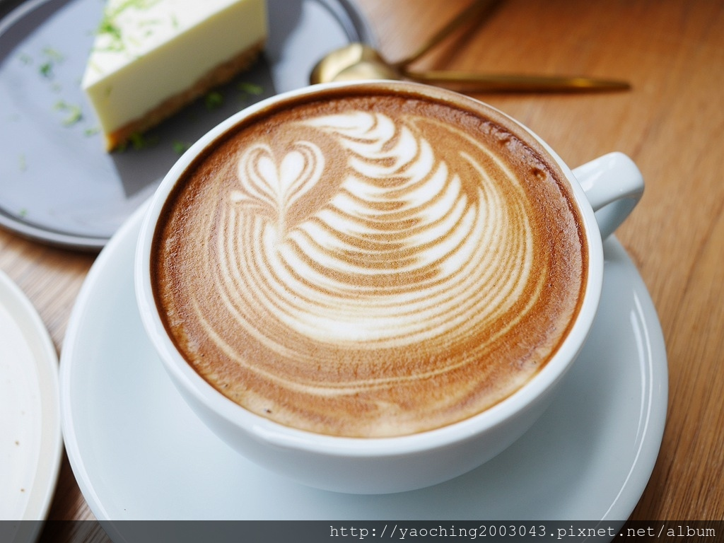 1556267814 2026491944 - 台中西區 J.W X Mr.Pica,在鄰近審計新村的喜鵲先生選物空間,也能喝品嘗香醇咖啡與美味甜點