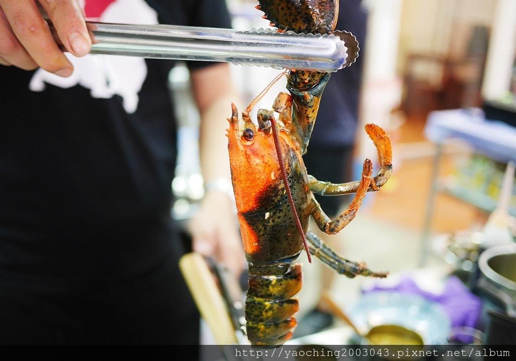 1556676989 2853476976 - 熱血採訪│ 霸氣螃蟹海鮮粥新開幕,營業到凌晨兩點