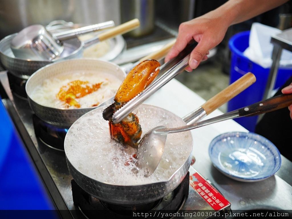1556676990 318662727 - 熱血採訪│ 霸氣螃蟹海鮮粥新開幕,營業到凌晨兩點
