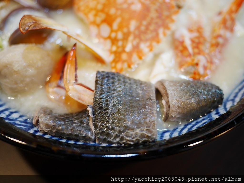 1556676995 272466173 - 熱血採訪│ 霸氣螃蟹海鮮粥新開幕,營業到凌晨兩點