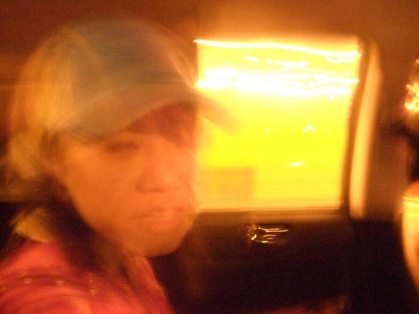從桃園中正機場坐Taxi回台北的車上
