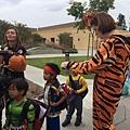 老師二扮老虎