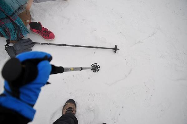 第一次用上雪地專用杖