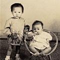 1973-02大姊&二姊