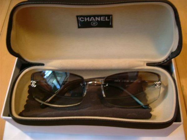 *CHANEL sun glasses*