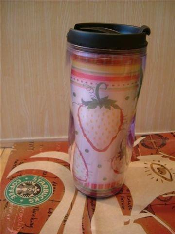 *starbucks草莓杯*