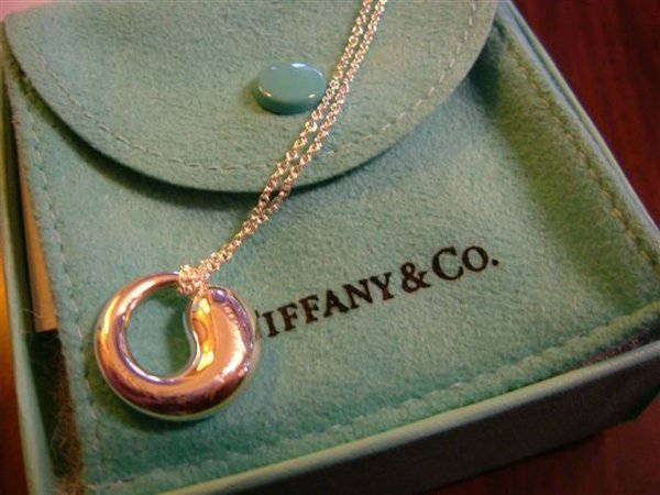 *寶貝送的Tiffany*