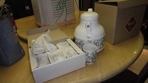象牌保溫茶杯瓶組