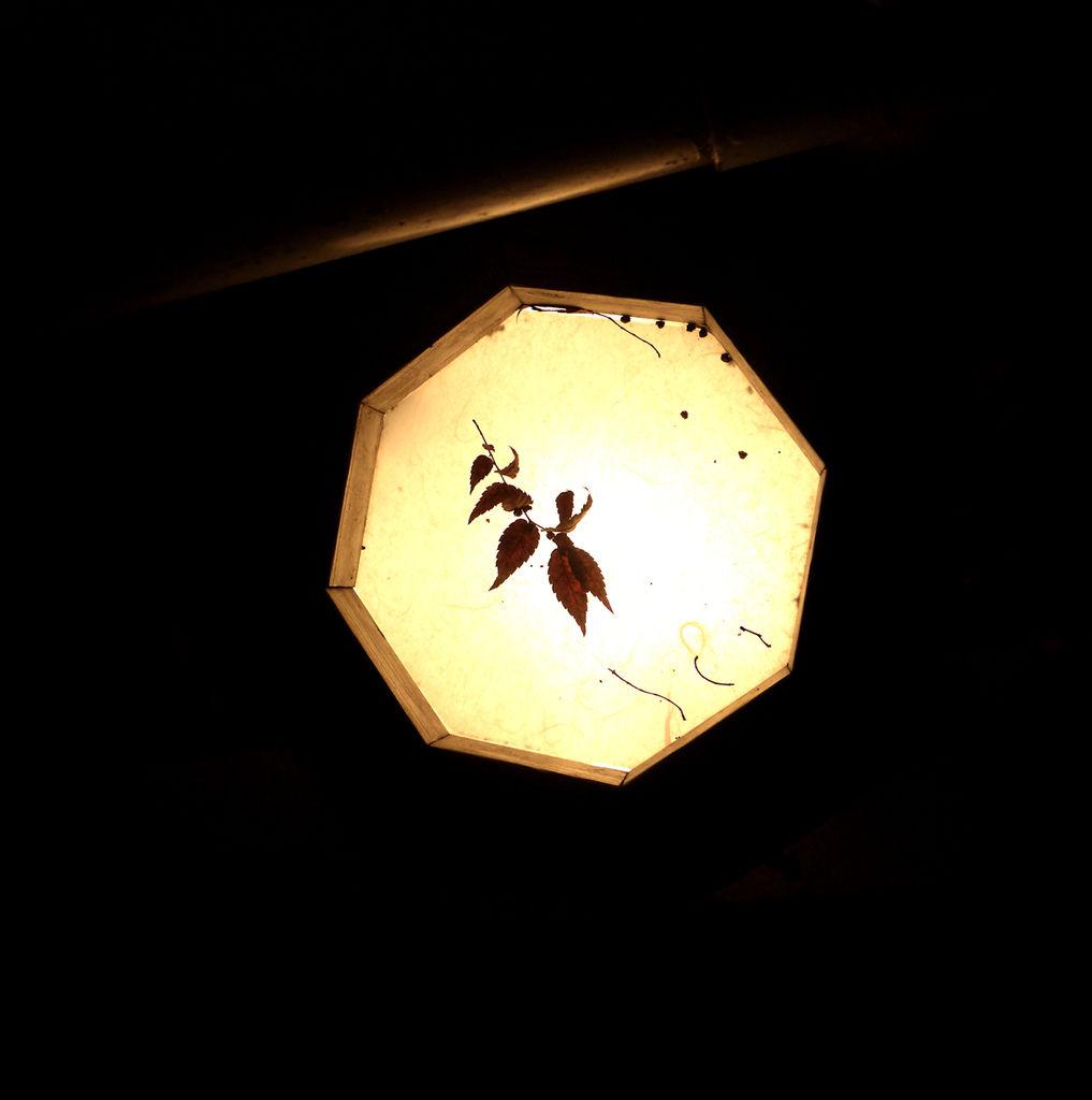 貴船燈籠.JPG