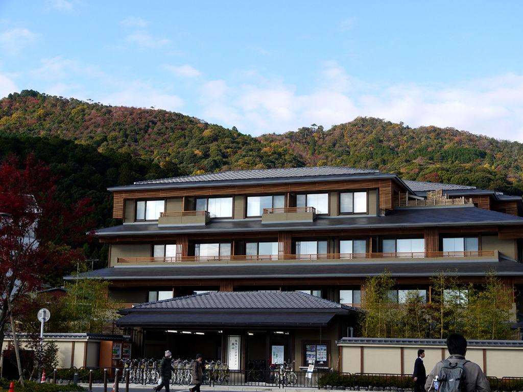 阪急嵐山站前高級旅館