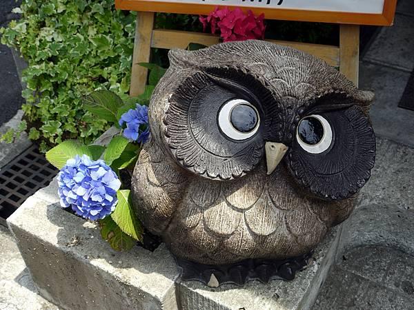 statue_owl