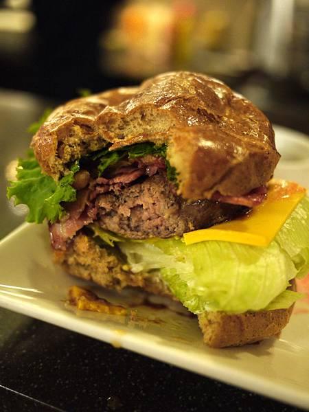 burger_bite.jpg