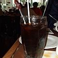 冰咖啡....食物上來後就後悔先上飲料了