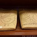 這是草編包包
