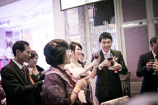 huang-0413-0633