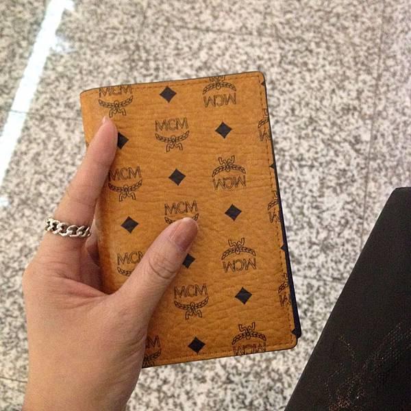 MCM護照夾