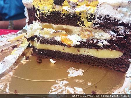 如菓手工燒造型蛋糕(皮卡丘造型蛋糕)