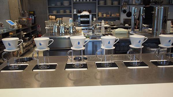 表參道 藍瓶咖啡