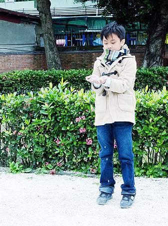 江帥也只能在冬季下雪的日子,獨自緬懷這段早殤的戀情……