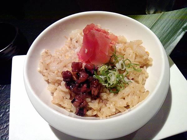 14-章魚蒜香炊飯