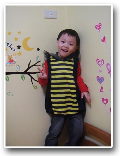 小蜜蜂.jpg