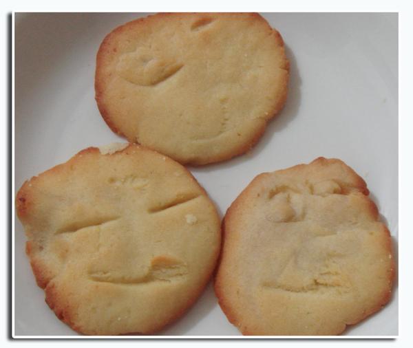 有表情的餅乾.jpg