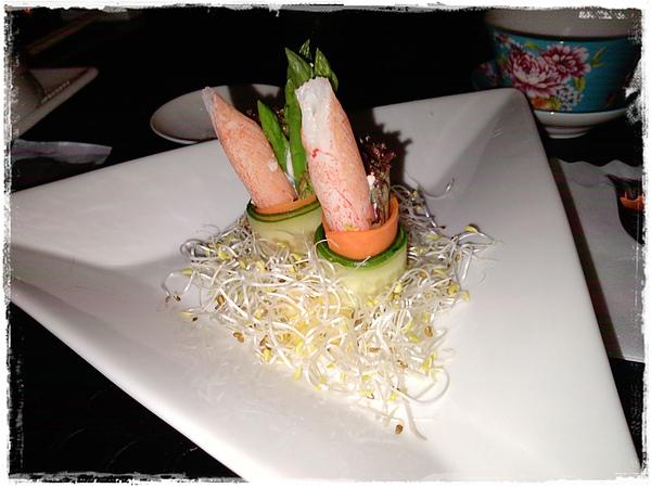 沙拉-蘆筍蟹腳.jpg