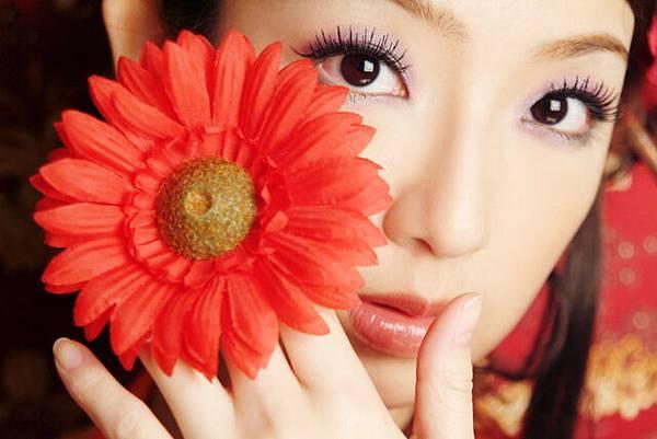 花兒依舊芬芳可人