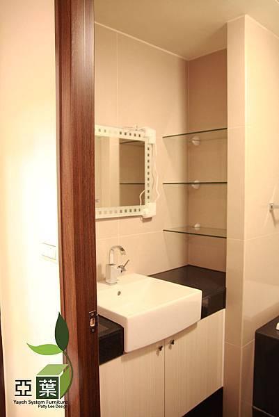 072亞葉系統傢俱►台中西屯張先生►浴室