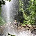 143.waterfall2.JPG