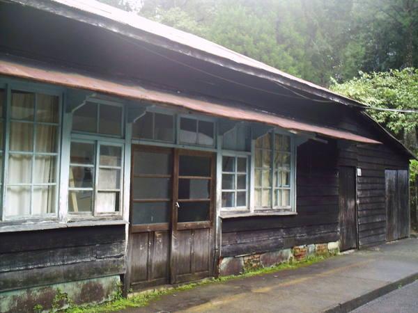 大雪山苗圃裡日式宿舍