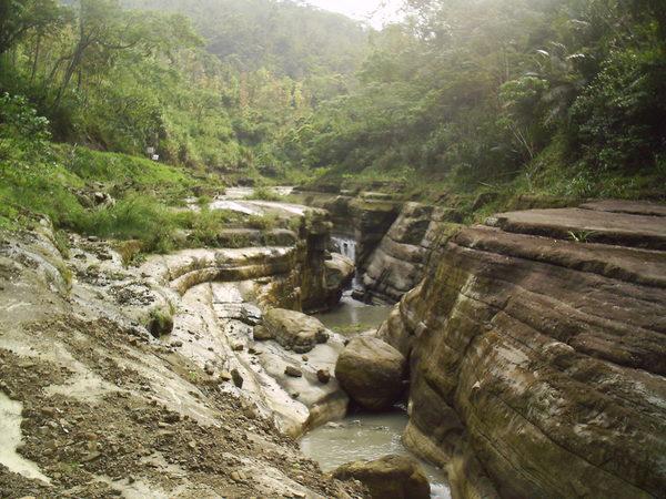 萬年峽谷(2)