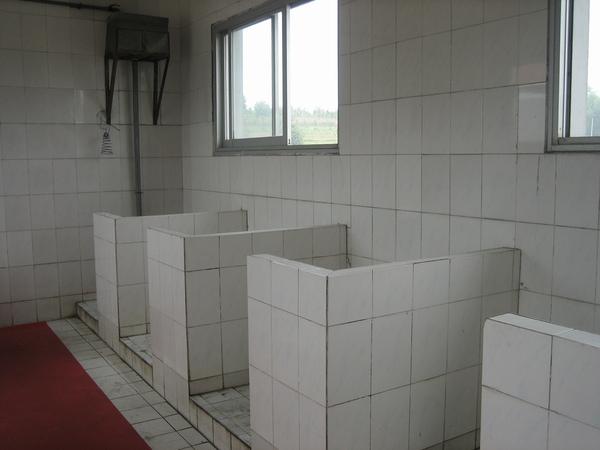 無門的廁所