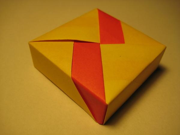 四方形盒子