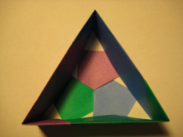 三角形盒子