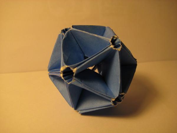 正二十面體(六十張正方形紙摺成)