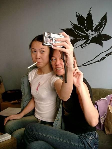 2003年-我與妹妹小皮自拍