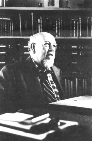 Alfonso Reyes - 雷葉斯(Alfonso Reyes,1889-1959),墨西哥詩人、文化評論家